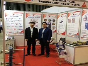 taibong phe va titania engineering tham gia trien lam